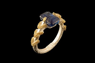 Blue River: Gold plated silver ring with kyanite