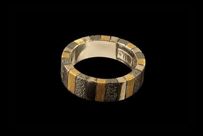 Strings of light 2: Silver oxide gold plated ring