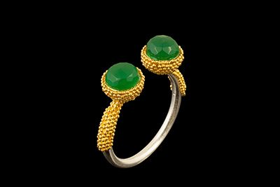 Double Out 3: Gold silver ring with green onix