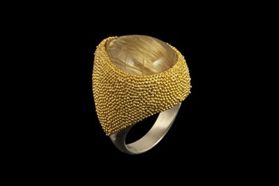 Sparkling Dust: Gold plated silver ring with gold rutilated quartz