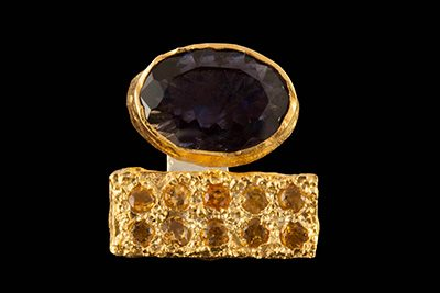 Eleven 4: Gold plated silver ring with iolite and rodolite